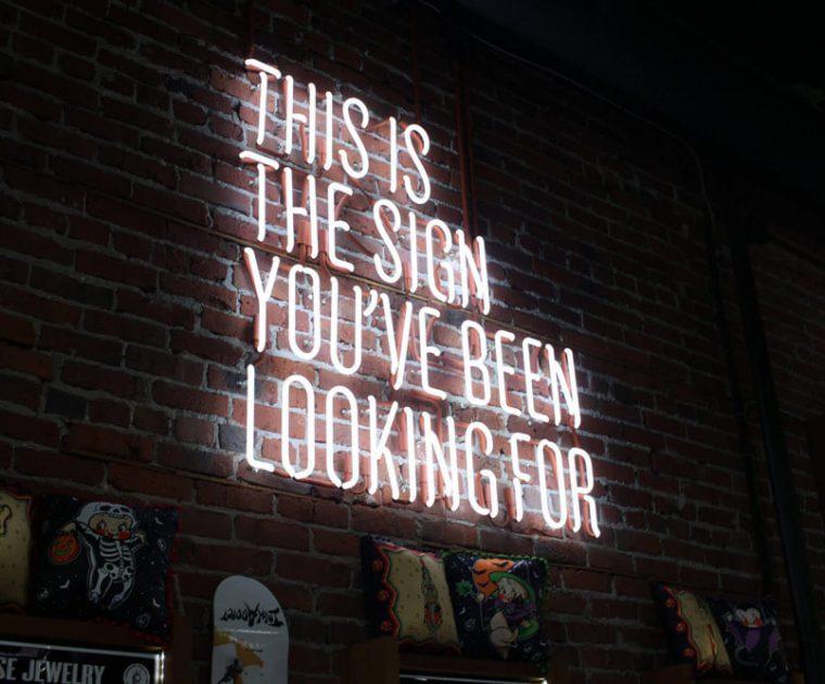 Das ist das Zeichen, wonach du gesucht hast; Sinnbild für Gemeinschaft und Zusammenhalt im Internet