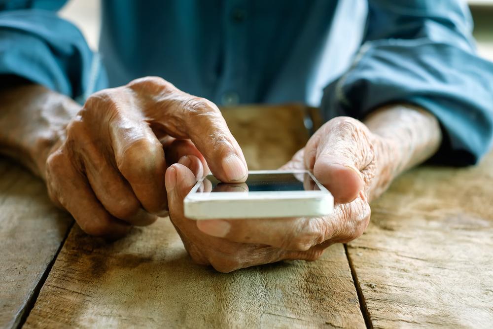 Sinnbild für die Nutzung von digitalen Medien im Alter