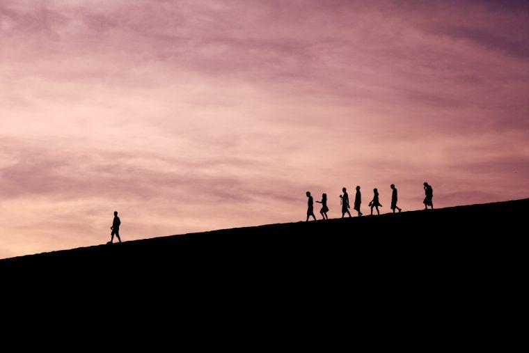 Sinnbild für Social Proof Marketing – die Meinung der Anderen als Marketinginstrumen
